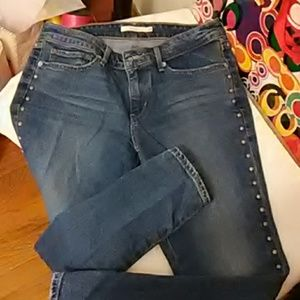 Levi  711 skinny jean great condition